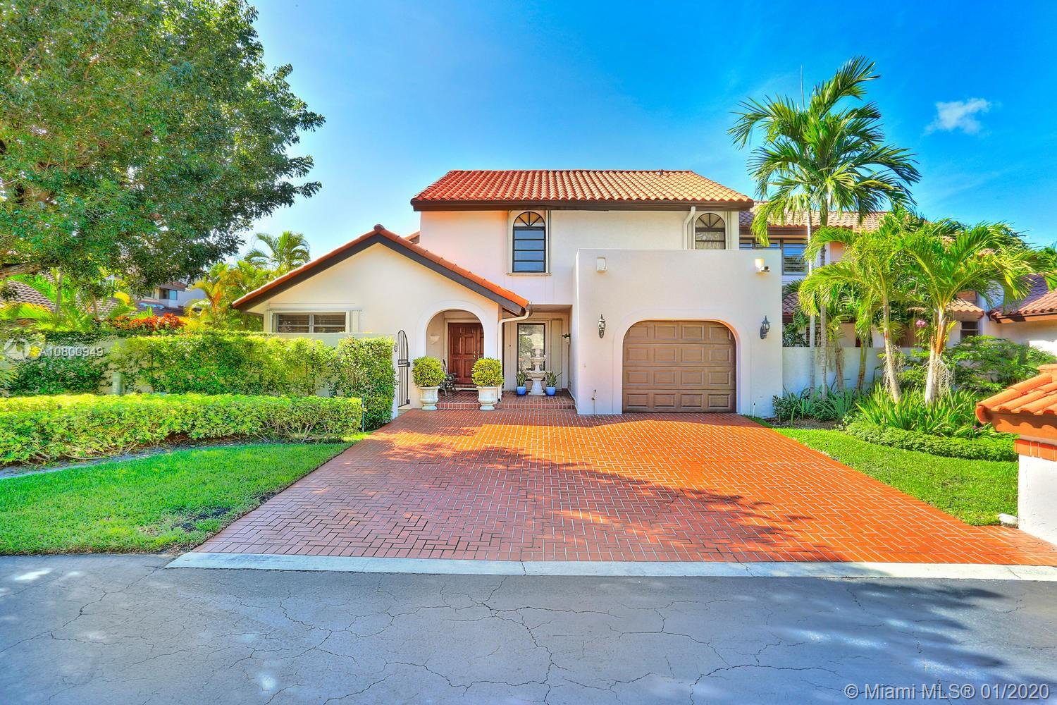 8900 SW 78th Ct  For Sale A10800949, FL
