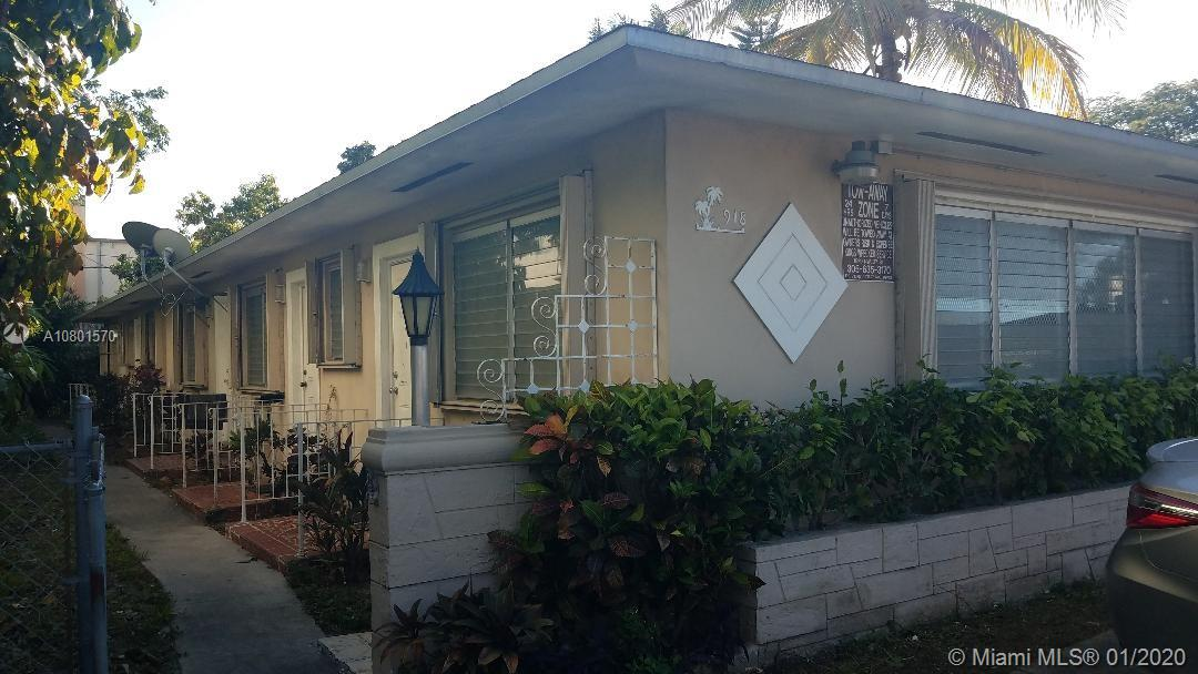 918 SW 7th St  For Sale A10801570, FL