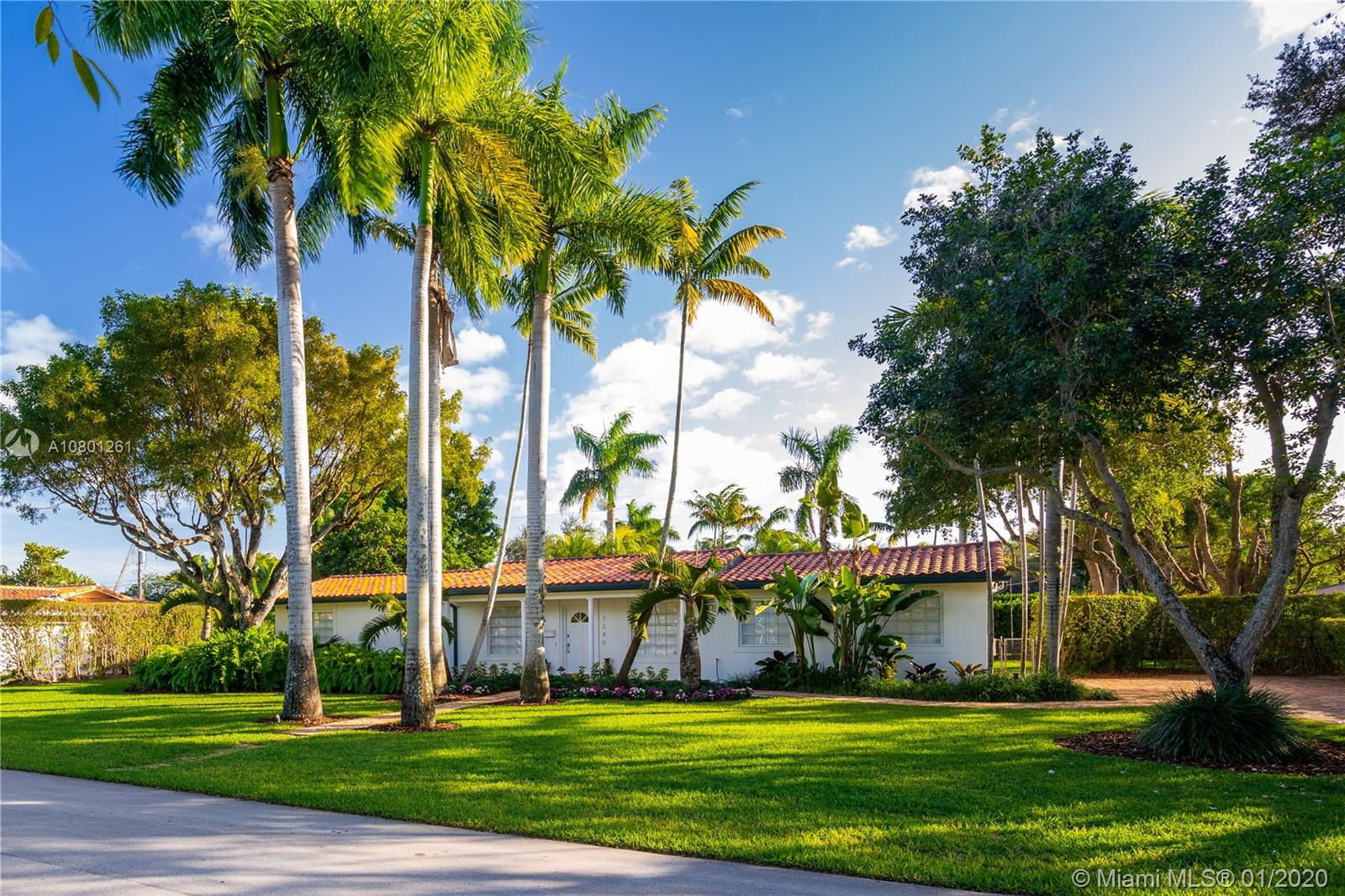 7240 SW 107th Ter  For Sale A10801261, FL