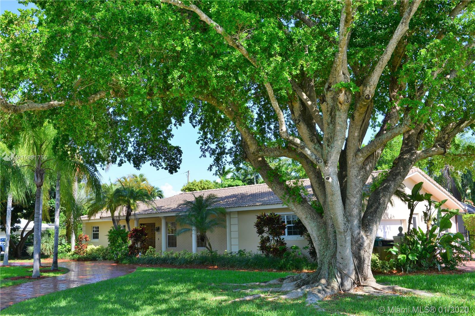 7360 SW 108 Ter  For Sale A10801755, FL