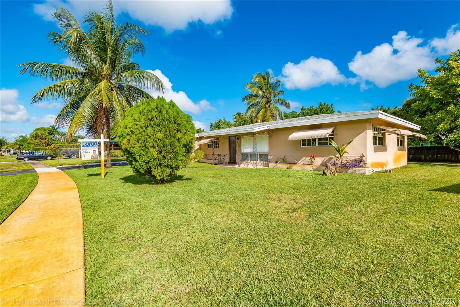 340  Long Island Ave  For Sale A10801840, FL