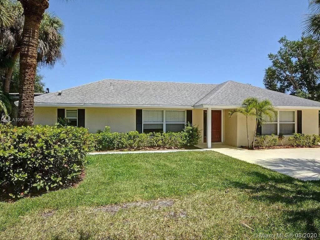 527 E Causeway Blvd  For Sale A10801878, FL