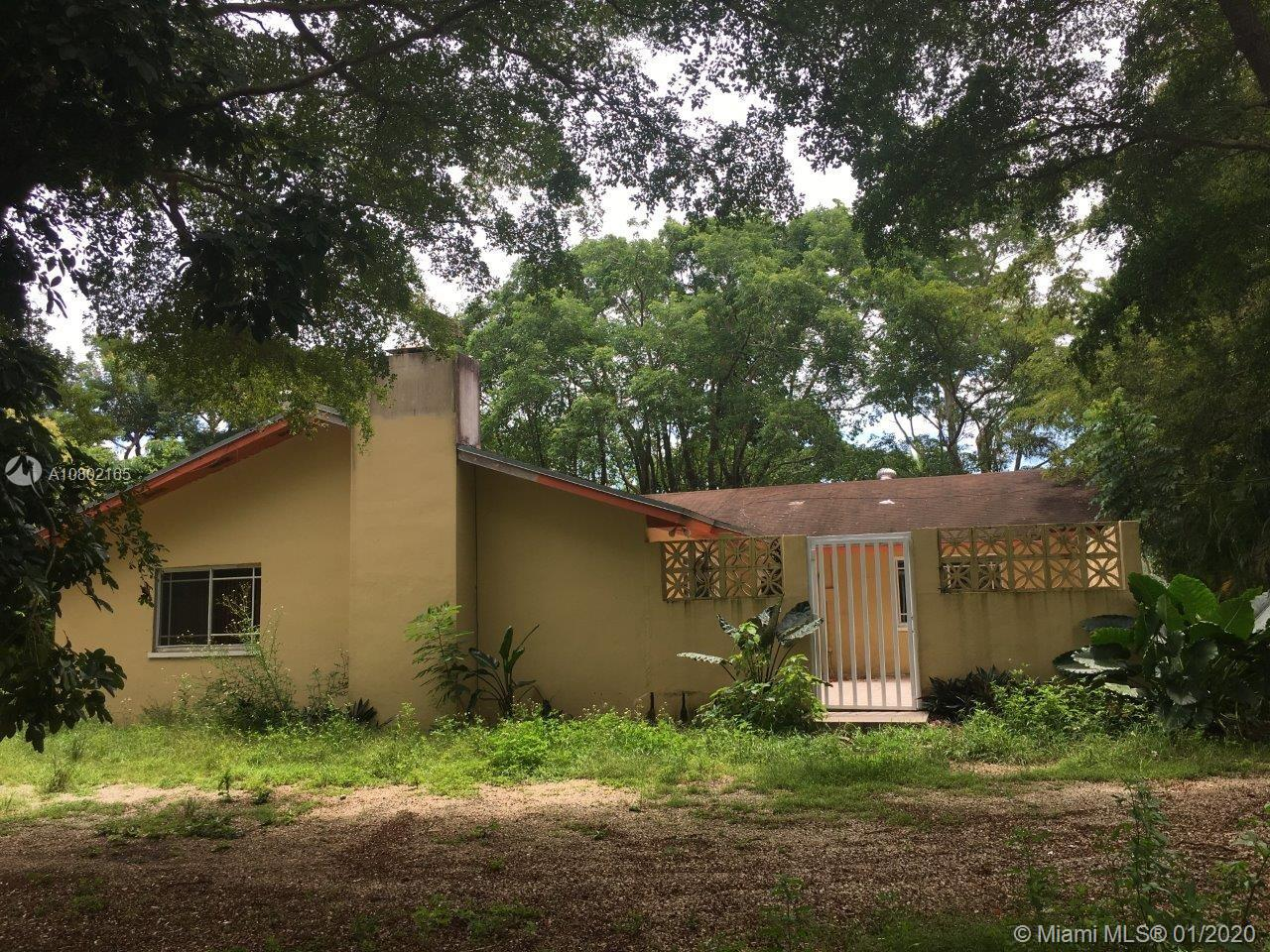 19190 SW 248th ST  For Sale A10802165, FL
