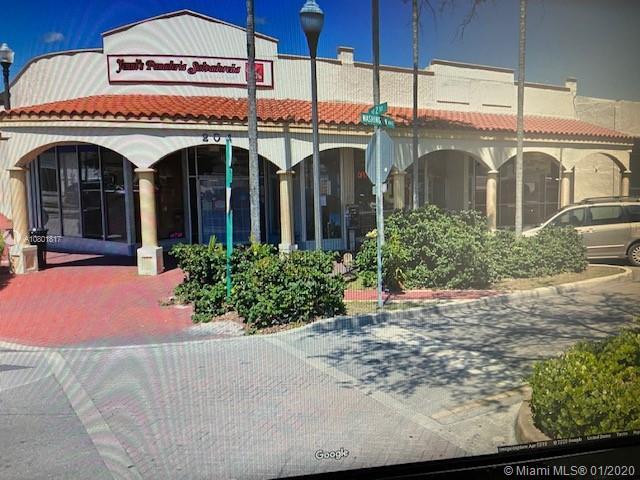 208  Washington Ave  For Sale A10801817, FL