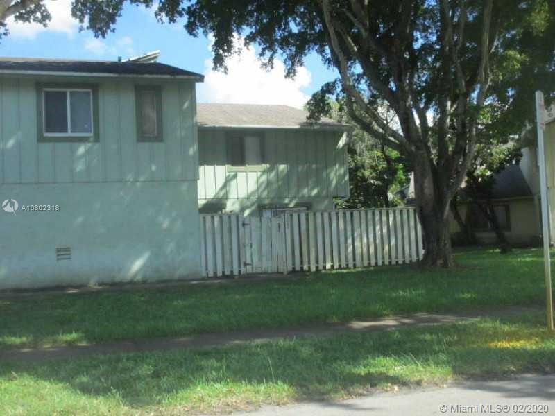 BEST PRICE IN THE HABITAT!!! Corner unit with a fenced courtyard. Tile floors in living area. Washer & Dryer inside the unit. Unit has an open kitchen. Currently rented for $1175. Tenant is renting since 2017. Good tenant, looking to stay. Lease expires June 2020.
