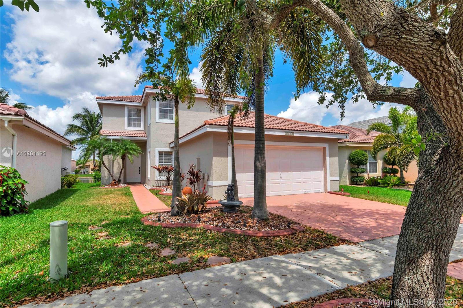 18002 SW 29th Ln  For Sale A10801490, FL