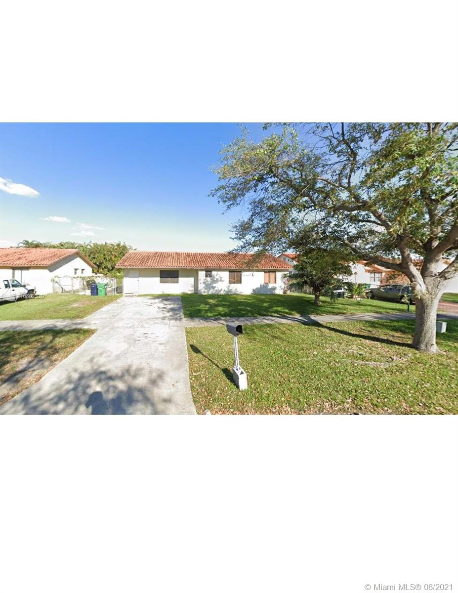 13721  Harrison St  For Sale A10802339, FL