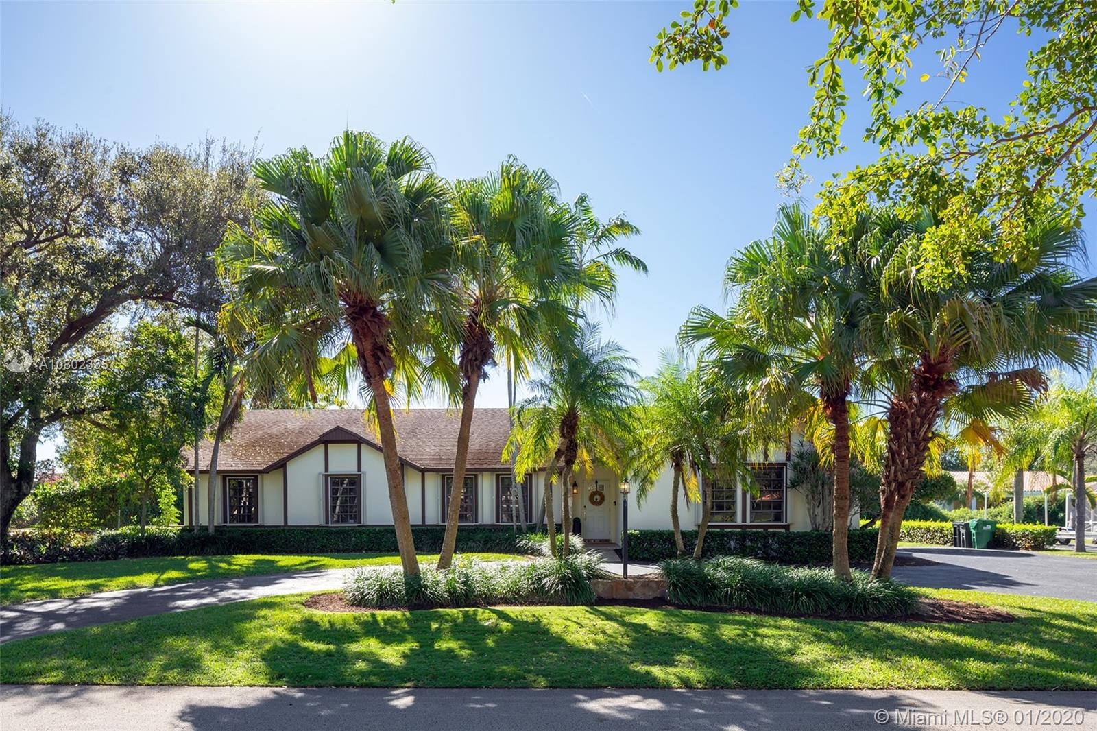 7460 SW 175th St  For Sale A10802335, FL