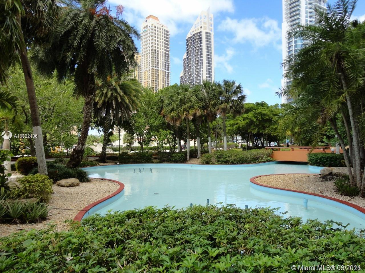 210  174th St #414 For Sale A10802496, FL