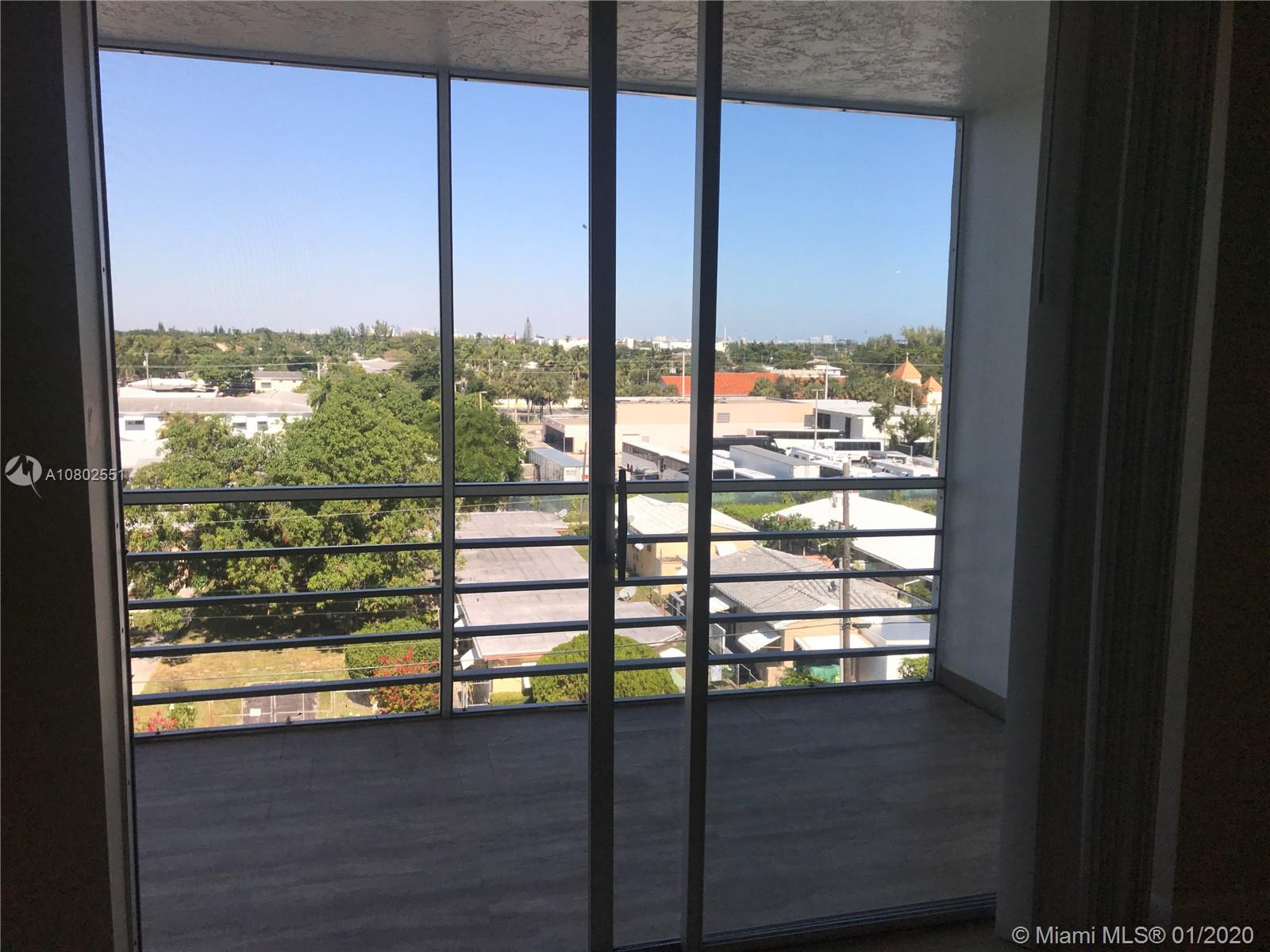 1830  Dixianna St #606 For Sale A10802551, FL