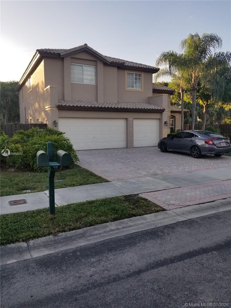 6578 NW 113 Place  For Sale A10802037, FL