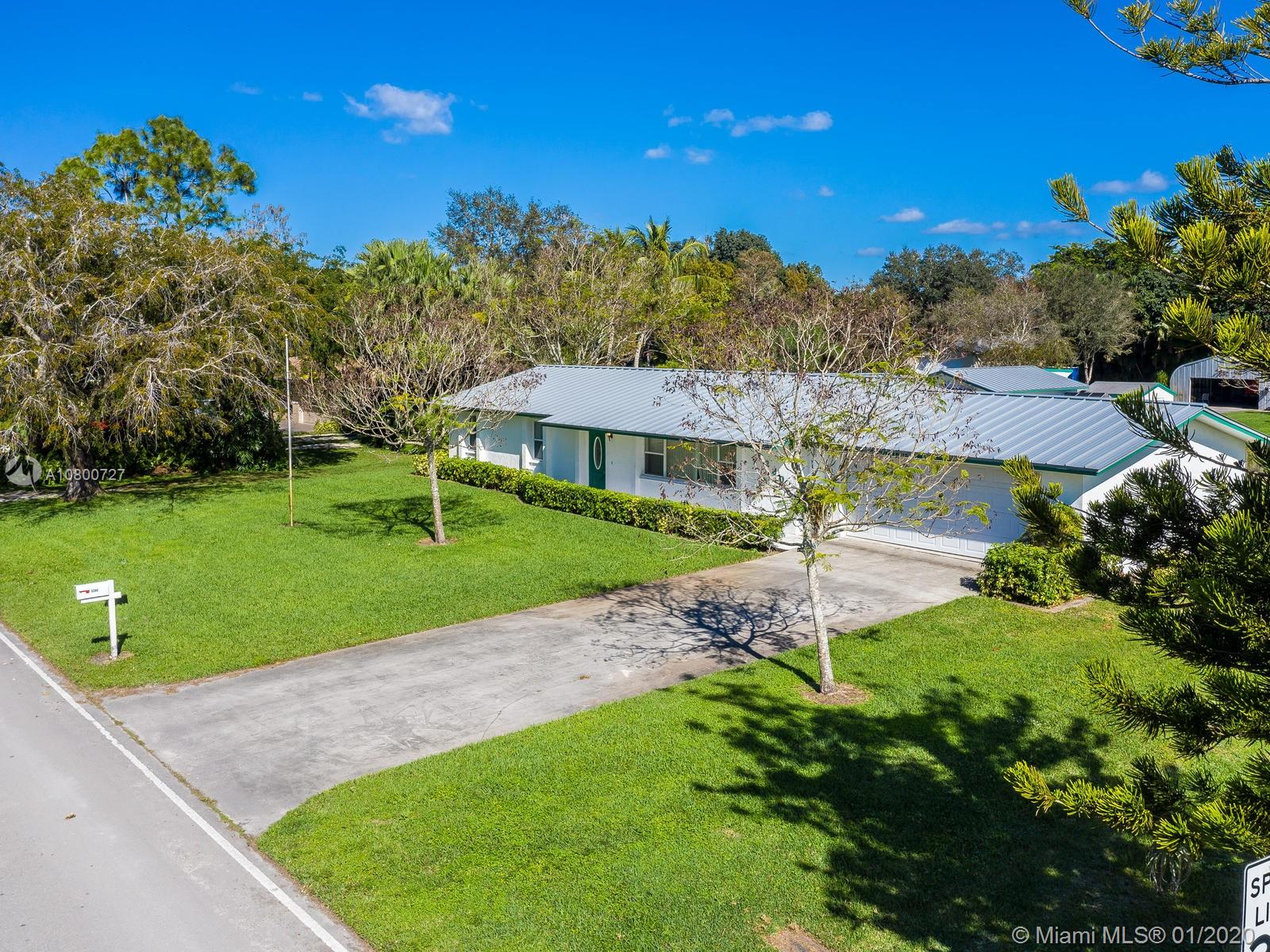 5280 SW 188th Ave  For Sale A10800727, FL