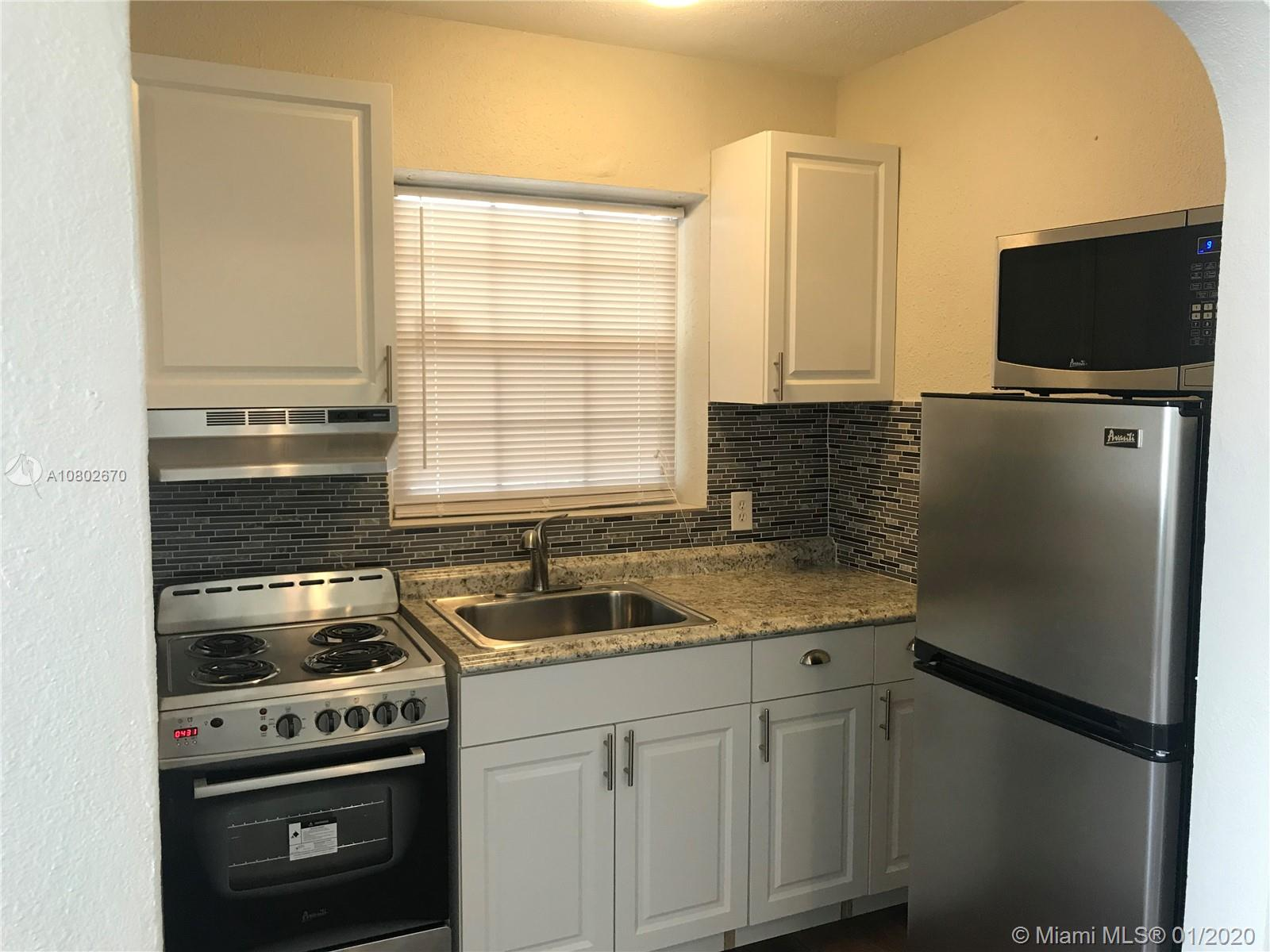 2331  Adams St #18 For Sale A10802670, FL