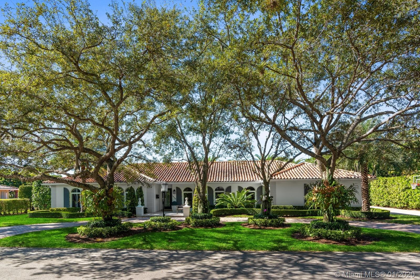 10150 SW 70th Ave  For Sale A10798876, FL