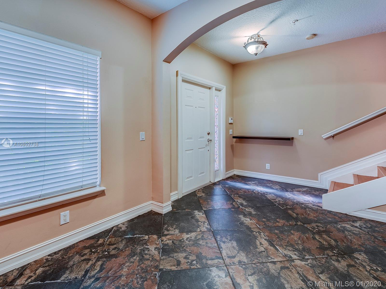 430 NE 2nd Ave #3 For Sale A10802738, FL