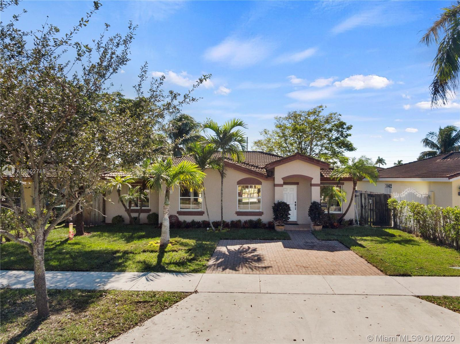 11348 SW 246th Ter  For Sale A10802748, FL