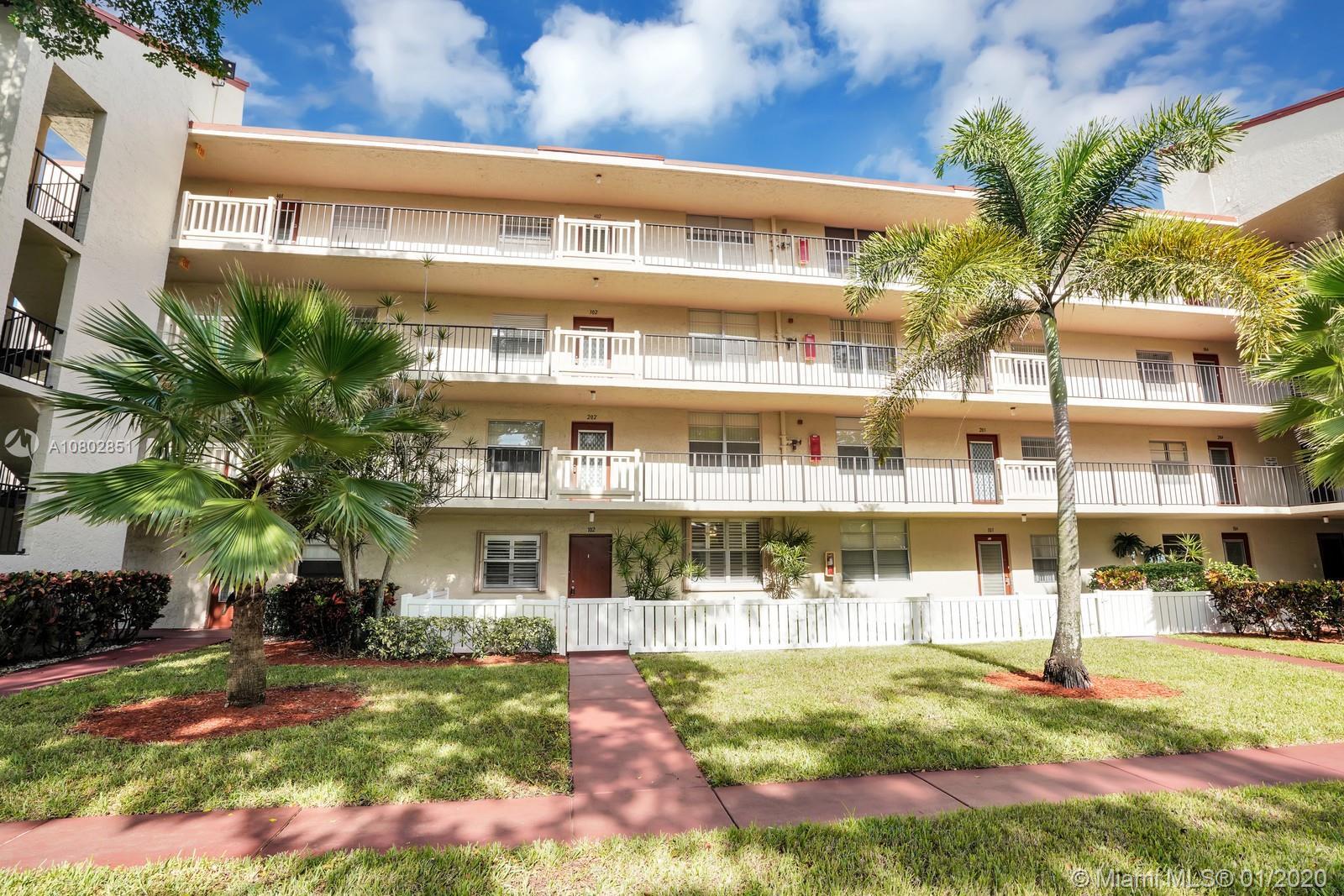 24 Abbey Ln 102, Delray Beach, FL 33446