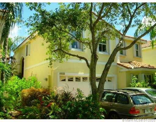 1115  Queen Palm Ct  For Sale A10791903, FL