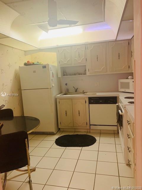 2851 NE 183rd St #105E For Sale A10797004, FL