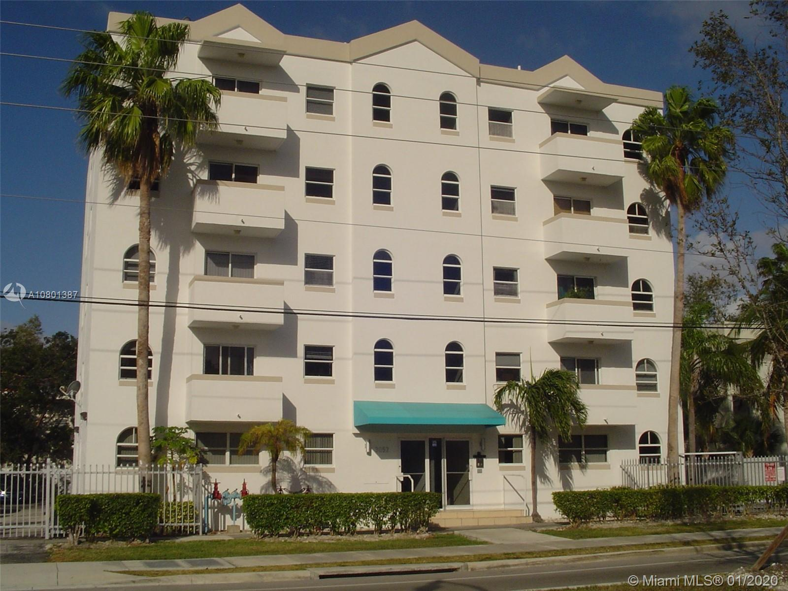 3052 SW 27th Ave #402 For Sale A10801387, FL
