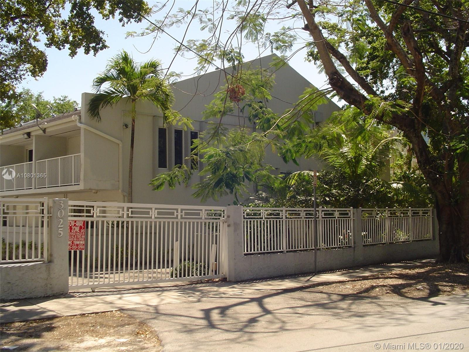 3025  Mary St #9 For Sale A10801365, FL