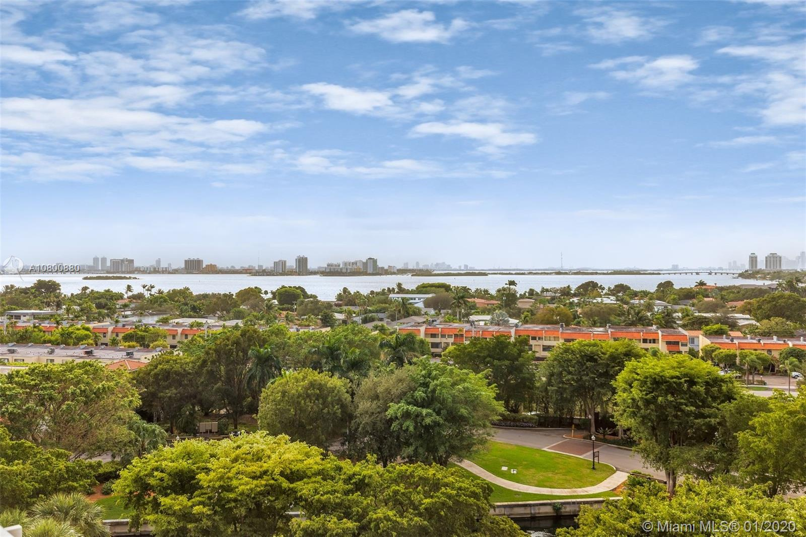 1000  Quayside Ter #910 For Sale A10800880, FL