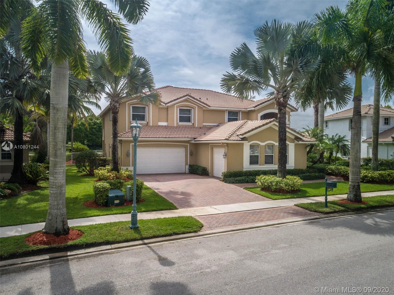 1486  Victoria Isle Drive  For Sale A10801244, FL