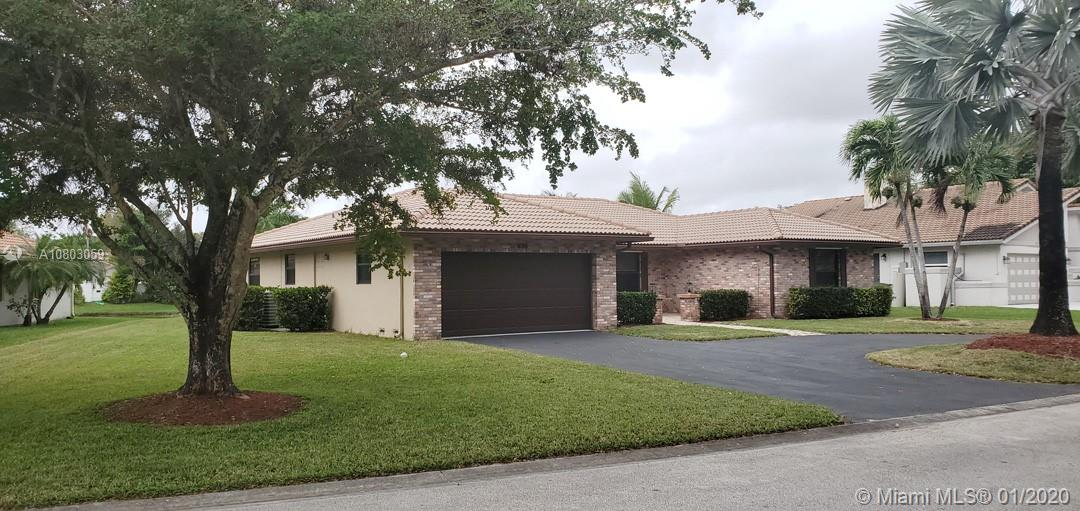 674 NW 111th Way, Coral Springs, FL 33071