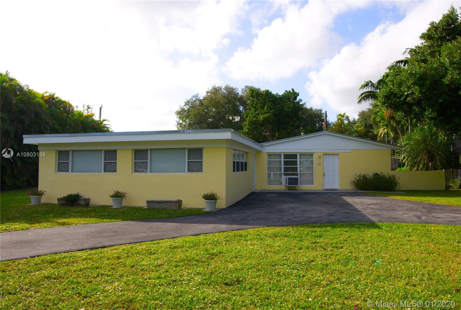 13220 SW 83rd Ct  For Sale A10803136, FL