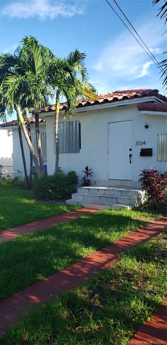 3134 SW 25th Ter  For Sale A10803219, FL