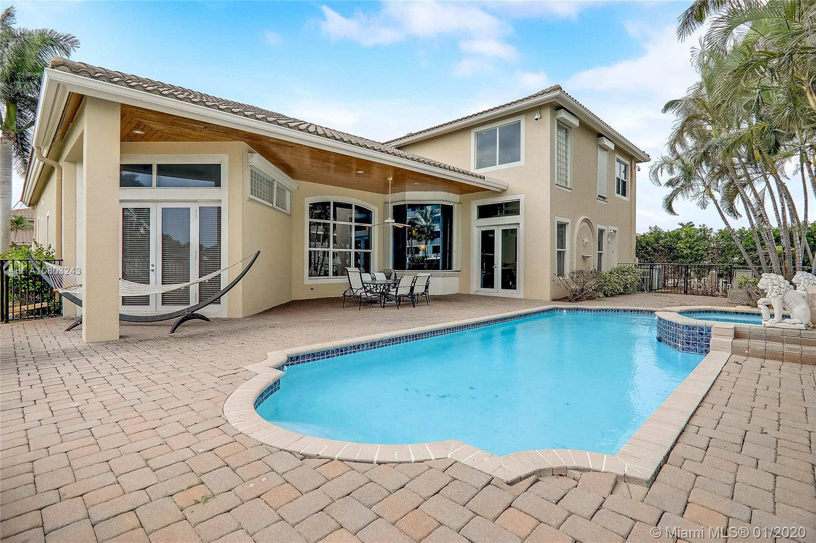 Wonderful waterfront residence in Coral Ridge, located just a couple of houses away from the point with 85 feet of water frontage. Property is 6 full bedrooms, currently being updated by the City. High ceilings, marble floor throughout, spacious floor plan, plenty of natural light. Lovely backyard for entertaining. 3 car garage. Just a couple of blocks from Bay View Park.