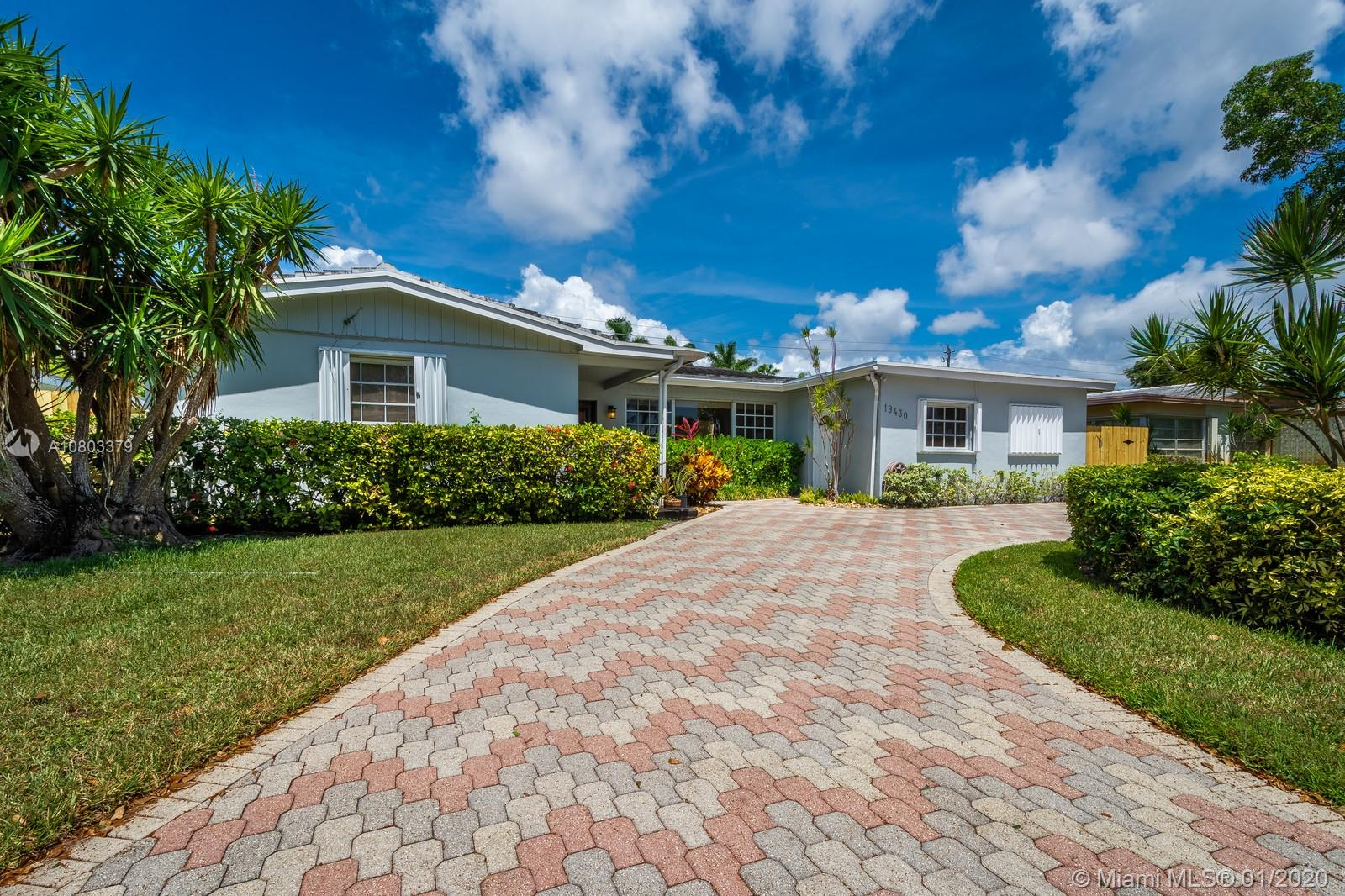 19430 NE 18th Ct  For Sale A10803379, FL