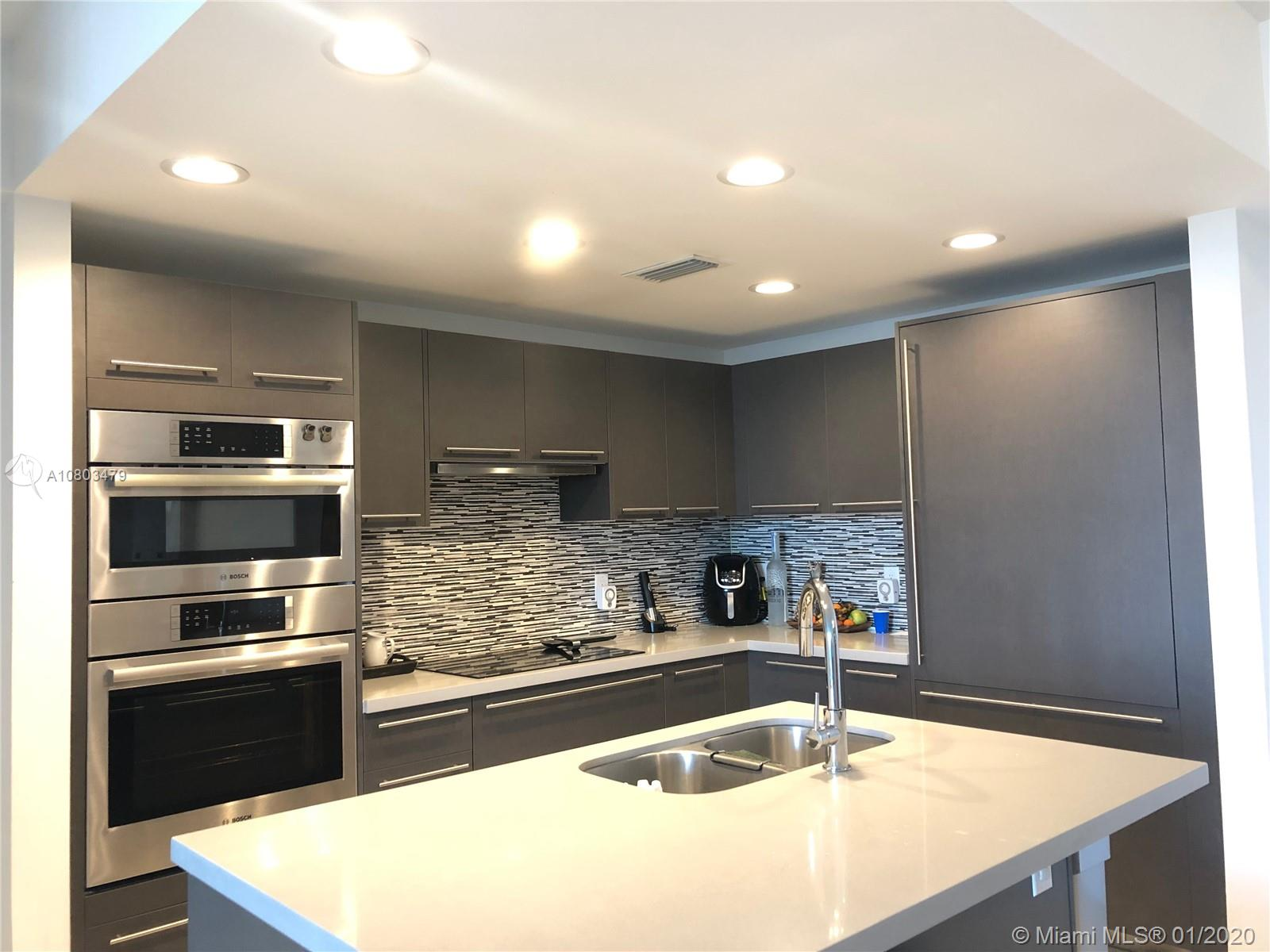 7825 NW 107 Ave #302 For Sale A10803479, FL