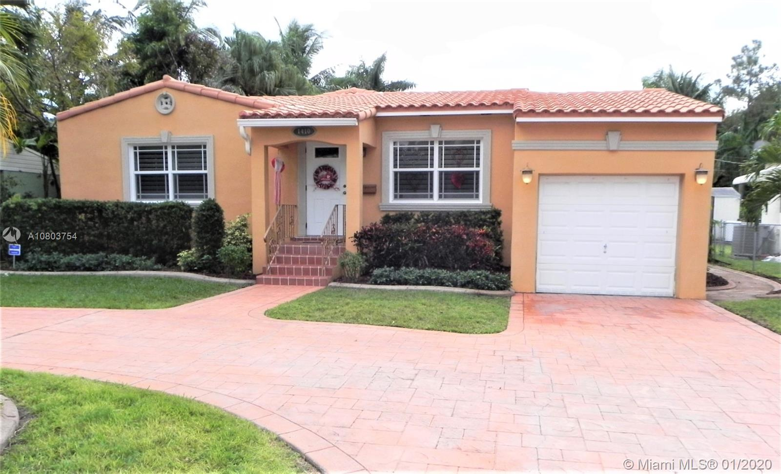 1410  Mayo St  For Sale A10803754, FL