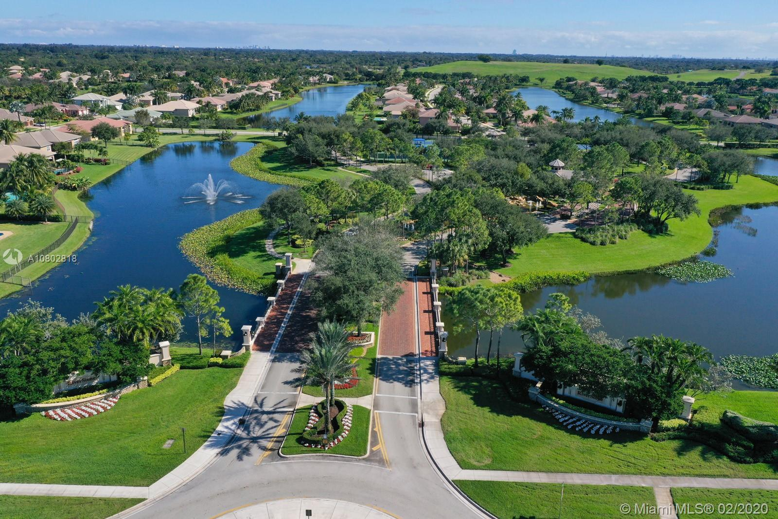 14910 SW 40th St  For Sale A10802818, FL