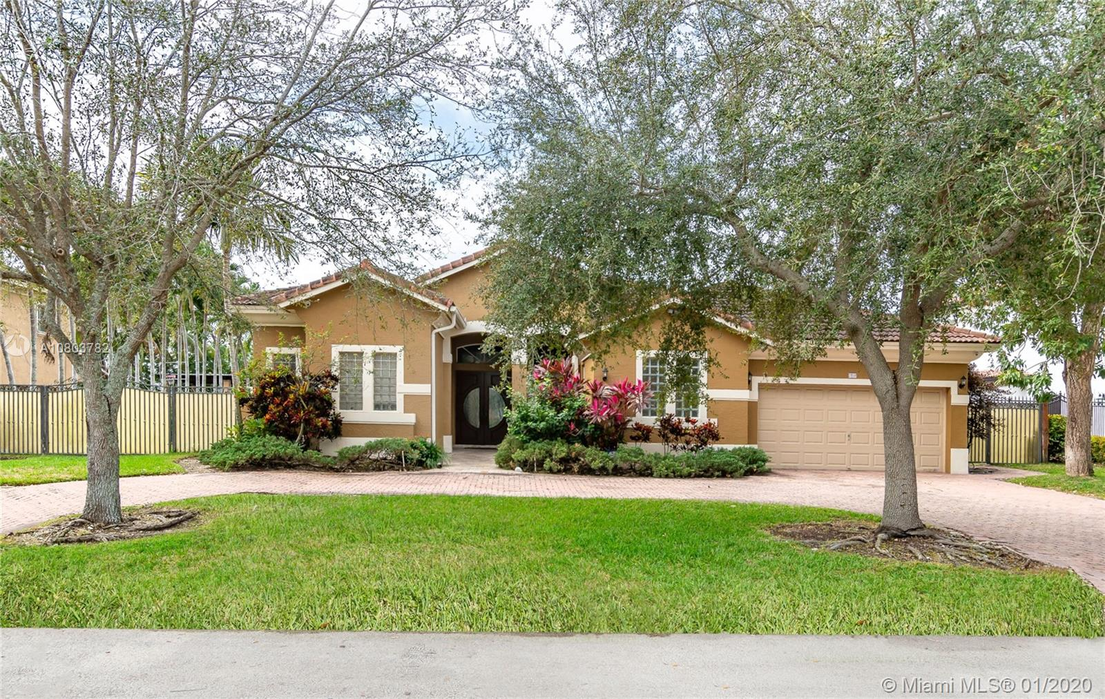 7232 SW 123rd Pl  For Sale A10803782, FL