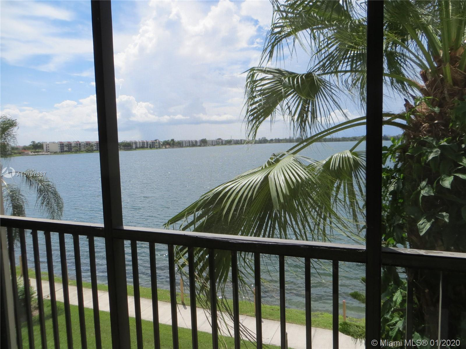Beautiful renovated unit has 2 bedrooms, open kitchen, porcelain floors. Breath taking lake and sunset views