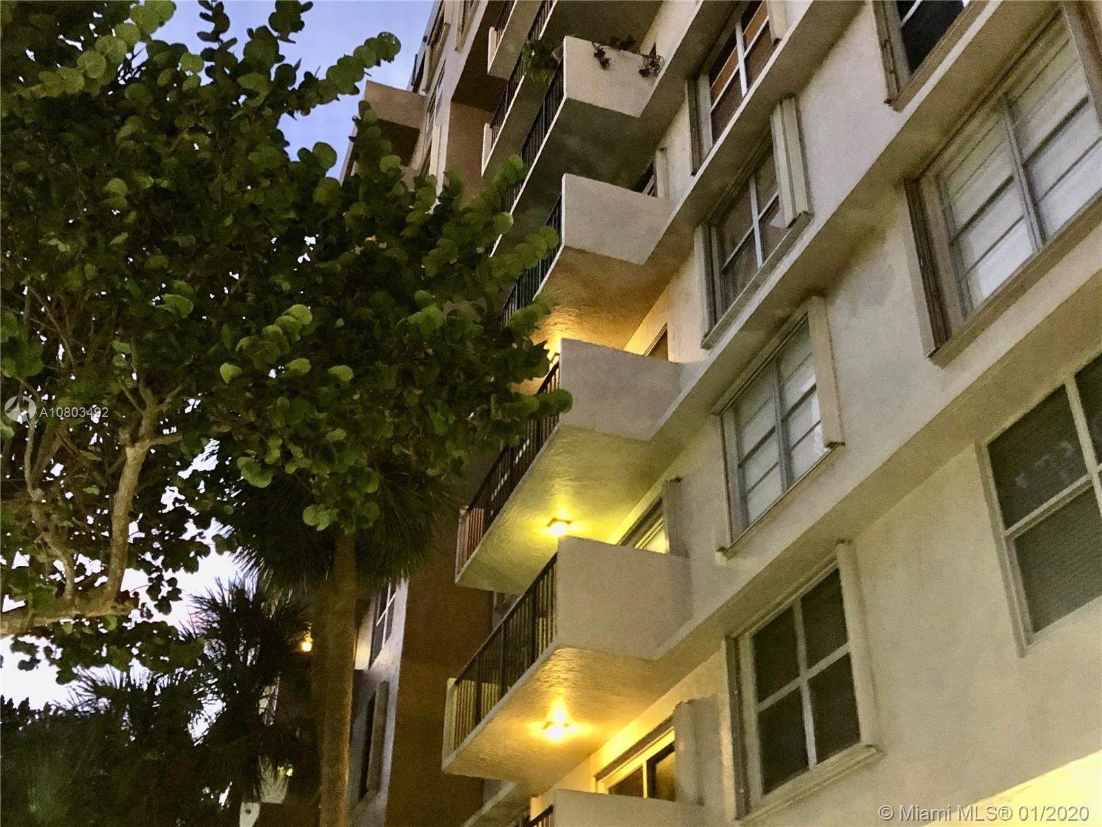1625 SE 10th Ave #303 For Sale A10803492, FL