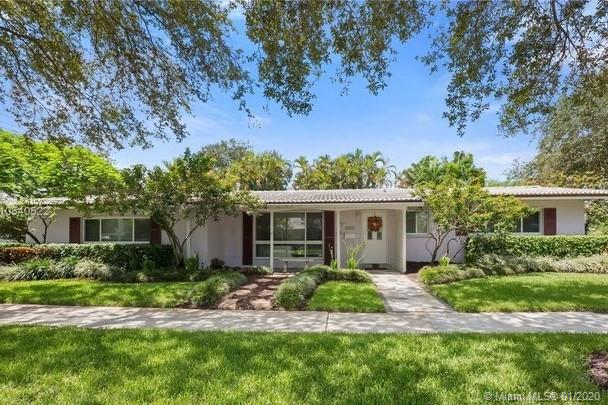 1224 N 40th Ave  For Sale A10802692, FL