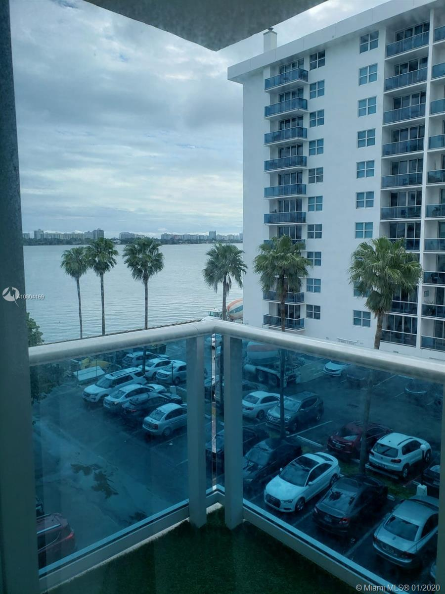 7501 E Treasure Dr #4A For Sale A10804169, FL