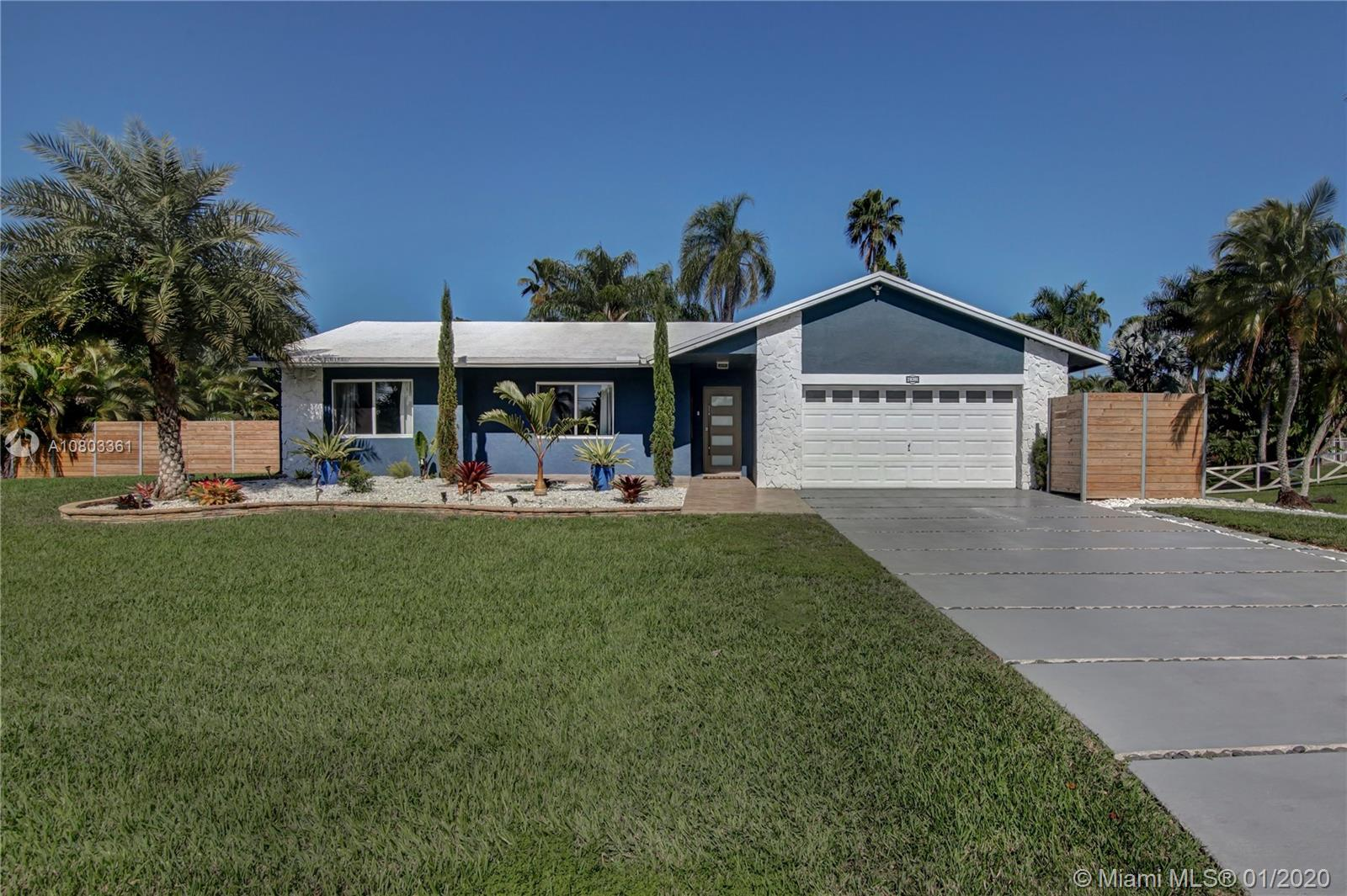 20301 SW 48th Street  For Sale A10803361, FL