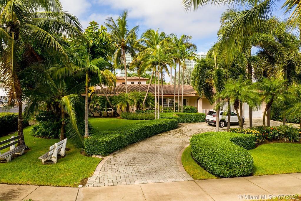 200  Golden Beach Dr  For Sale A10804135, FL
