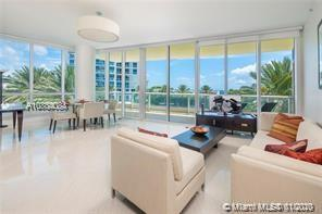 100 S Pointe Dr #509 For Sale A10804088, FL
