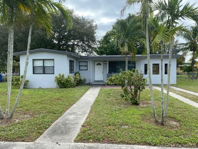 1006 NW 14th St  For Sale A10804625, FL