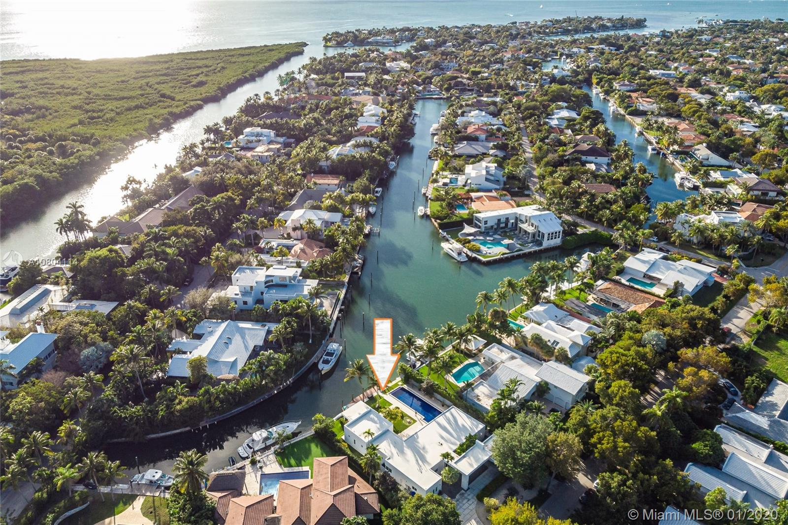 30  Island Dr  For Sale A10804114, FL