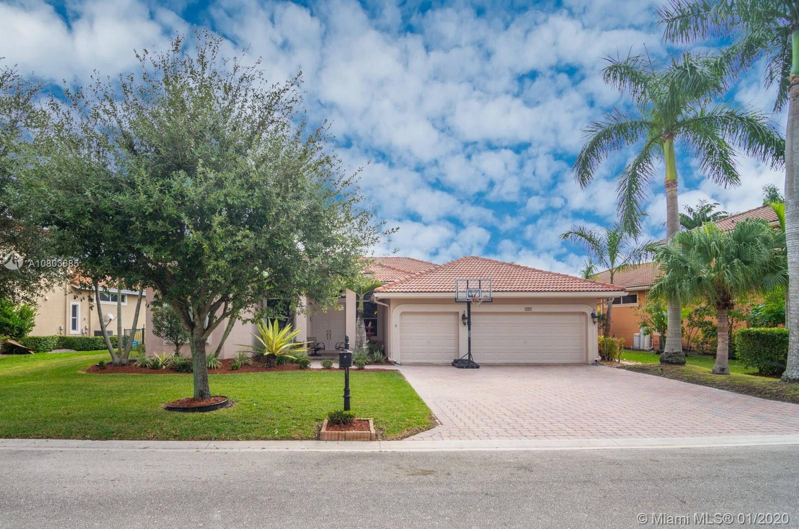 539 NW 120th Dr, Coral Springs, FL 33071