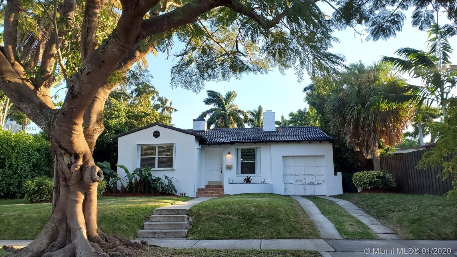 810 NE 75th St  For Sale A10804127, FL