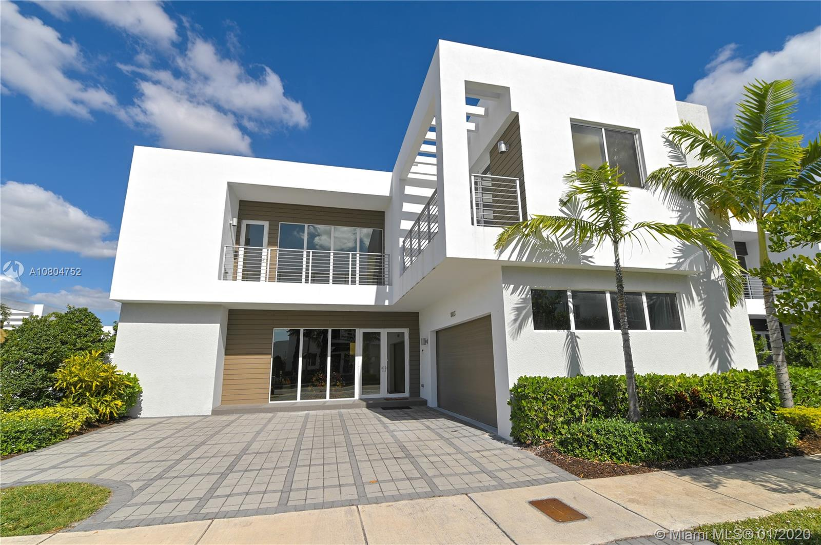10123 NW 76th Ter  For Sale A10804752, FL