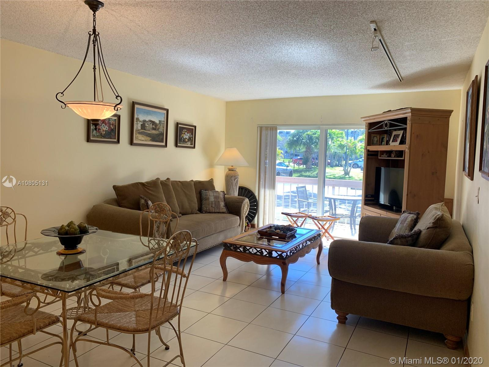 2/1, Well kept and ready to move in. QUIET BUILDING IN DESIRABLE VKC, CENTRALLY LOCATED WITH PLENTY OF PARKING. AMENITIES INCLUDE POOLS, TENNIS COURT, GYM, CLUBHOUSE, BBQ AREA, ROVING SECURITY & MORE. CLOSE TO SHOPPING, RESTAURANTS, MEDICAL CENTER, METRORAIL, UM & HIGHWAYS.