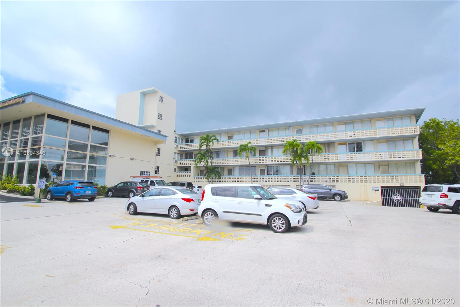 6484  Indian Creek Drive #136 For Sale A10804346, FL